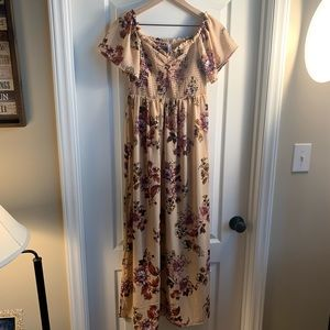 New with tags floral long dress size Medium